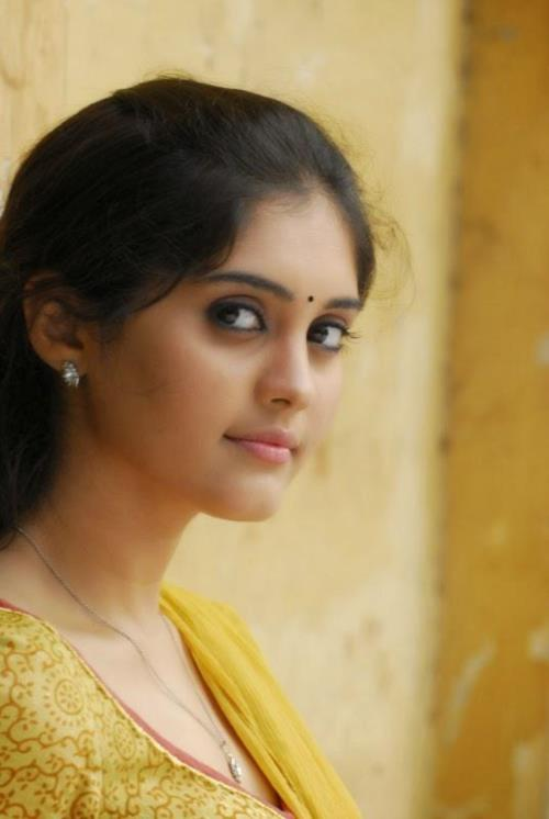 Pretty Actress Surabhi