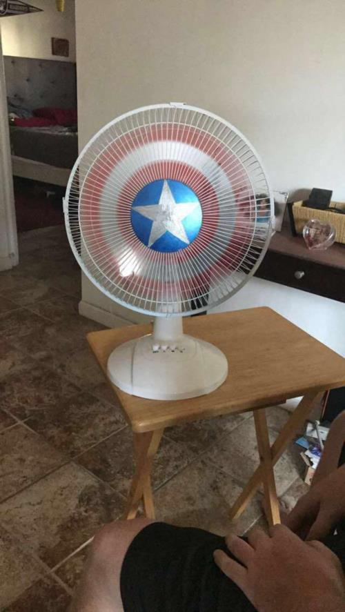 I painted my fan today - meme Captain America