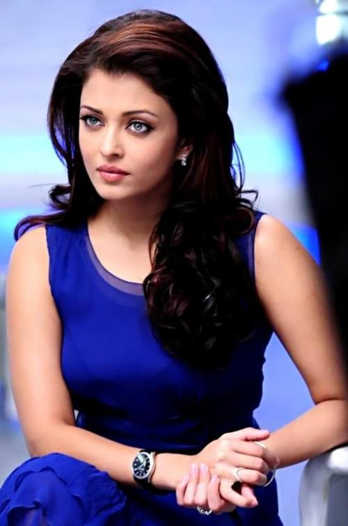 Lovely and  Famous Miss World Aishwarya Rai. Elega